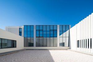 beautiful aluminium windows